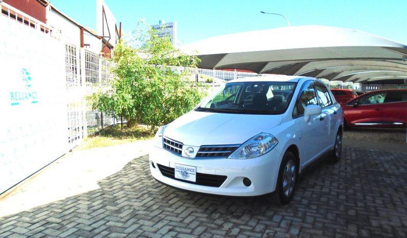 Nissan Tiida Latio full